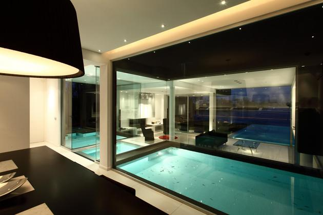 Piscina interna envidra ada destaque de casa em buenos aires vidrado - Piscina interna casa prezzi ...