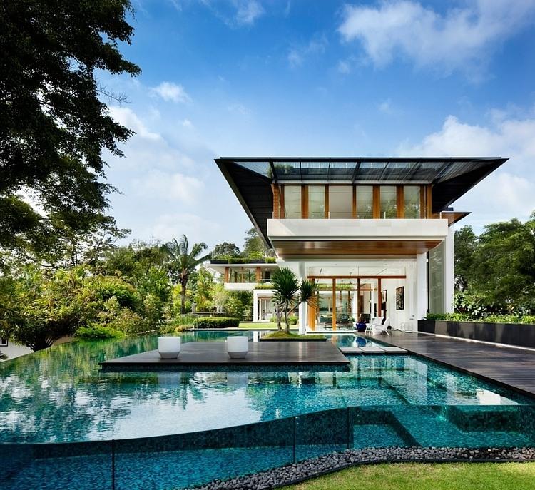 ca99604c620 Casa em Singapura com estilo tropical e inspirador