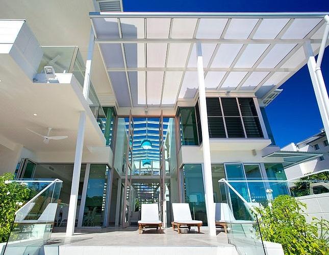 cobertura-em-vidro-casa-de-praia-em-queensland-australia