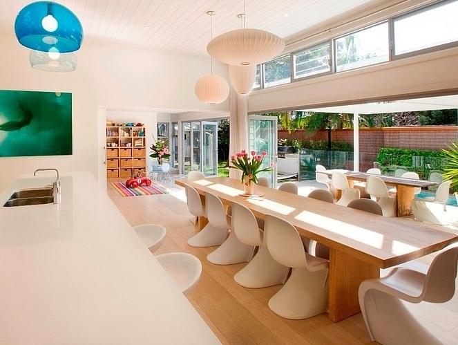 cozinha-com-balcao-ilha-integrada-a-sala-de-jantar