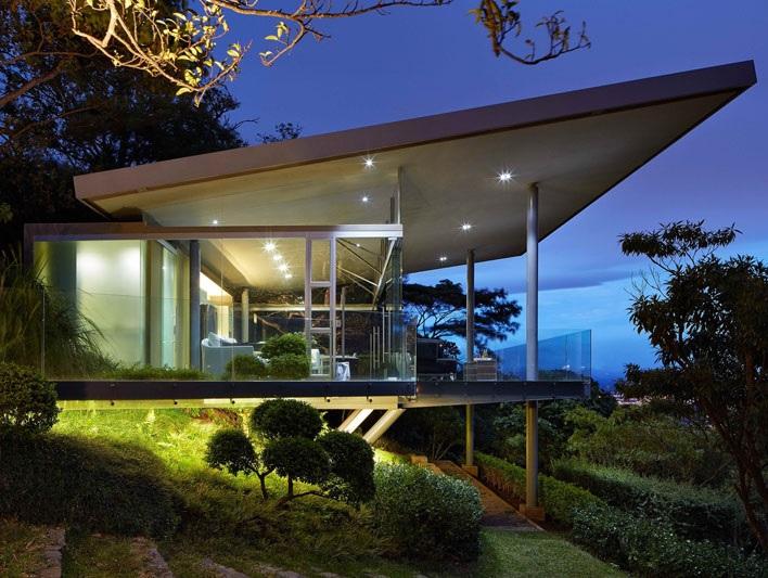 casa-suspensa-em-san-jose-costa-rica