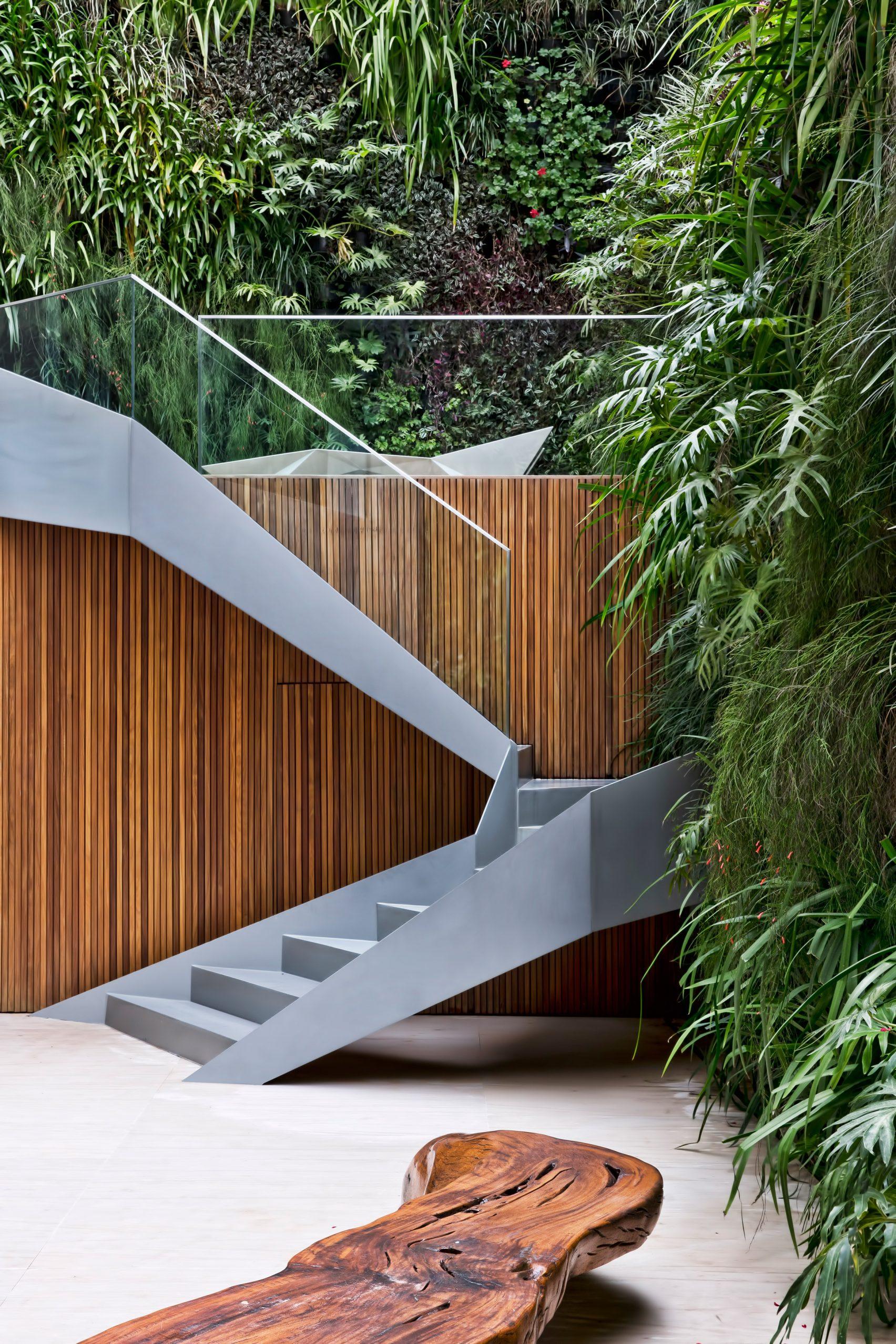 jardim-vertical-quadro-vivo-de-plantas-por-fernanda-marques