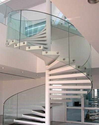 escada-circular-de-vidro-curvo-com-botoes-prolongadores-de-inox