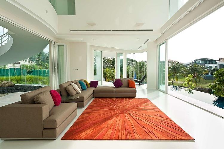 decoracao-sala-envidracada-casa-na-malasia
