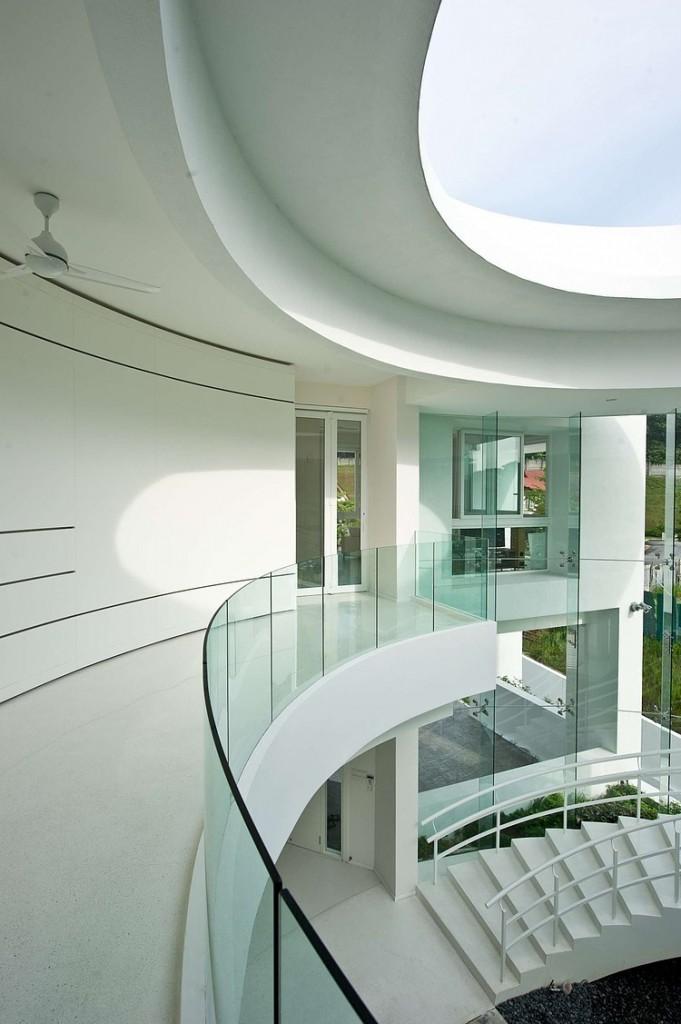 hall-da-escada-ao-ar-livre-681x1024