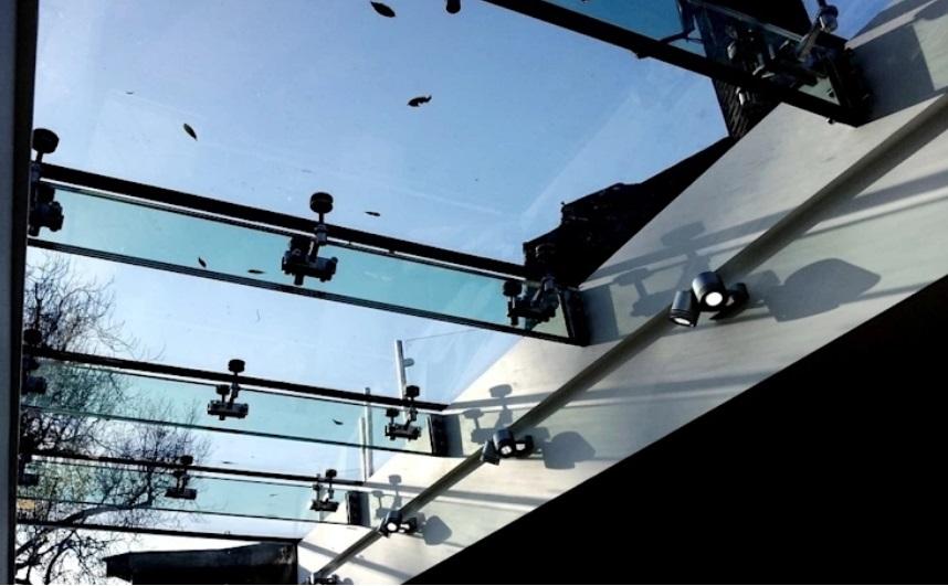 cobertura-de-vidro-spider-glass-coluna-autoportante-de-vidro-triplo
